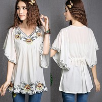 2017 Hot Sale vintage 70s Mexican Ethnic Floral EMBROIDERED Hippie Blouses / Shirt Women Clothing Tops Tunic blusa Feminina 0234