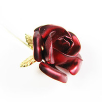 Vintage Red Rose Pin / Red Flower Pin - Broche Fleur Rouge.