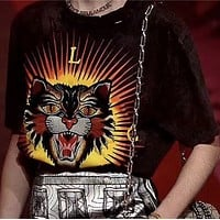 Gucci    Tiger head embroidered letter printed cotton loose short sleeve T-shirt