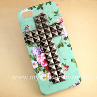 Iphone 5 Case, studded floral iPhone Case 5 gun black cross stud mint green flower rose IPHONE 5 Case, teal iphone 5 case