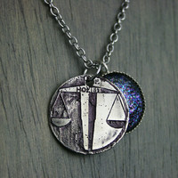 Candor Handmade Etched Silver Color Shifting Necklace