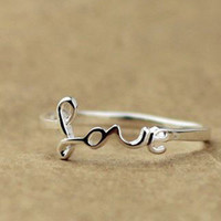 """925 Sterling Silver """"Love"""" Ring for Valentine"""