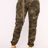 Cadet Kendall Oversized Camo Pants - Olive