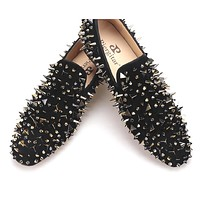 new arrive men suede shoes with gold and black rivet Fashion party and banquet men loafers Euro style smoking slipper