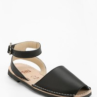 PONS Avarcas 521 Classic Ankle-Strap Sandal - Urban Outfitters