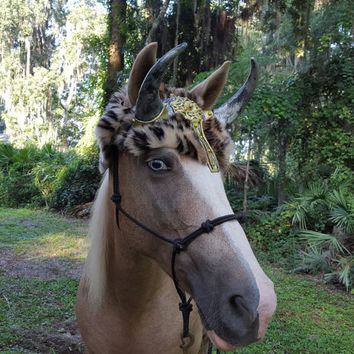 Viking Warrior Horse Horns - Norse Goddess Horns for Horse or Draft with Faux Leopard Fur Hat - Halloween Costume for Horses