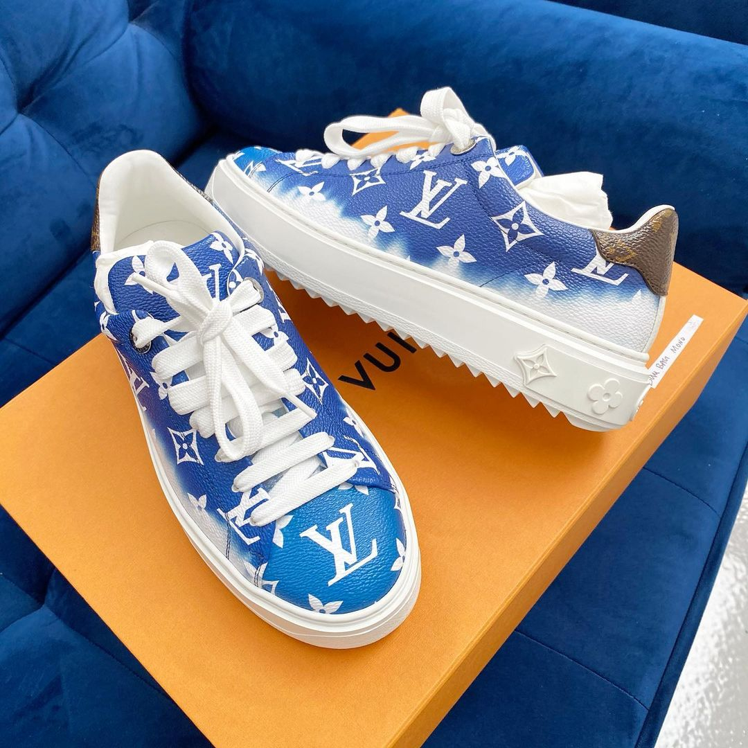 Image of Louis Vuitton LV ESCALE TIME OUT SNEAKER