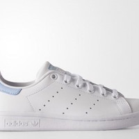 Stan Smith Blue light