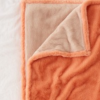 Sylvie Plush Throw Blanket | Urban Outfitters