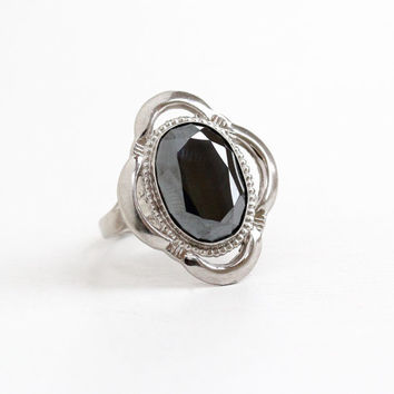 Vintage Sterling Silver Hematite Ring - Retro 1960s Size 6 1/2 Oval Gray Stone Statement Jewelry Hallmarked L.S.P. Co, L.S. Peterson Co