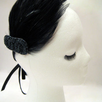 1920s headband, flapper fascinator, feather fascinator, art deco hair accessories, Gatsby hairpiece, prom headband, black beaded headband