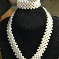 Kassandra Pearl Jewelry set with Full pearl necklace and bracelet