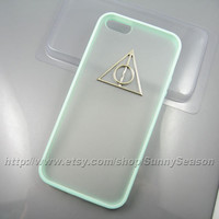 IPhone 5 Case,Harry Potter Deathly Hallows iPhone 5 Case,Silver Logo ,Mint Green iphone 5 Frosted Translucent case