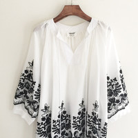 White Sunflower Embroidered 3/4 Sleeve Blouse