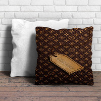 louis vuitton chic lady Pillow | Aneend