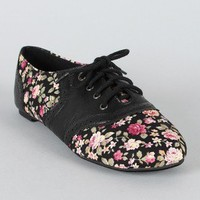 Cambridge-22F Floral Perforated Oxford Flat