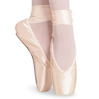 Signature Rehearsal Pointe Shoe; Bloch