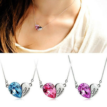 Woman Charming Love Heart Pendant Chain Crystal Rhinestone Necklace Unique Jewelry (With Thanksgiving&Christmas Gift Box)= 1652346436