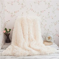 WINLIFE Super Soft Long Shaggy Fuzzy Fur Faux Fur Warm Elegant Cozy With Fluffy Sherpa Throw Blanket