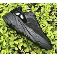 Yeezy 700 Runner Boost Adidas Popular Women Men Casual Running Sport Shoes Sneakers Black