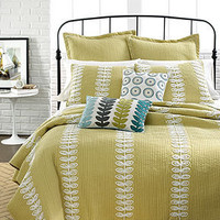 Nostalgia Home Bedding, Leah Quilts - Quilts & Bedspreads - Bed & Bath - Macy's