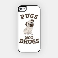 for iPhone 6/6 Plus - High Quality TPU Plastic Case - Pugs Not Drugs - Pug Lover - Dog Lover - Cute Pug