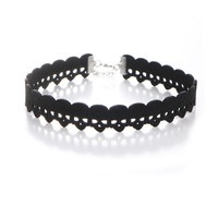 Casual Punk Hollow Skull Choker Necklace