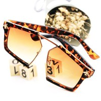 GUCCI New fashion sunglasses big box leopard brown polygon glasses