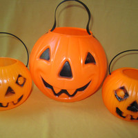 Halloween Pumpkin Candy Pail Set Vintage Blow Mold Plastic Jack O Lanterns Collectible Trick or Treat Buckets Pails Candy Bowls w Handles