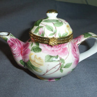 """Trinket Box Teapot Shaped with Pink Roses 5.25"""" long x 3.5"""" tall"""