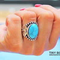 Big Bold Statement Ring - Stone  Ring - Turquoise Ring -  Cocktail Ring - Big Ring - Oversized Ring - native Ring -  Turquoise jewelry -