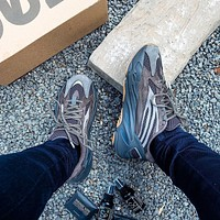 Adidas Yeezy Boost 700 V2 classic men and women all-match sneakers shoes-8