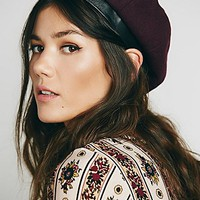Womens Cadence Leather Trimmed Beret