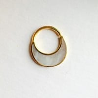 Haute Yellow Gold & Mother Of Pearl