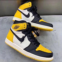 Nike AIR Jordan AJ1 basketball shoes men and women high-top anti-skid grinding shoes