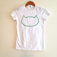 white and mint cat shirt, mint cat head, cat tee, white cat tshirt, mint cat silhouette, gift for her, gift for cat lover, teen girl apparel