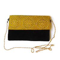 BLACK GOLD damask motif envelope CLUTCH / velvet clutch floral pattern embellished India evening bag victorian party purse