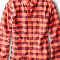 AEO Men's Buffalo Check Button Down Shirt (Red)