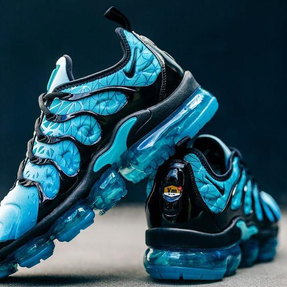 Image of Nike Air VaporMax Plus TN Classic Cushion Gradient Sneakers Shoes