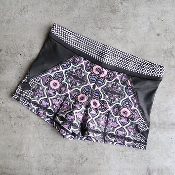 Final Sale - Minkpink - Adventure Island Yoga Shorts