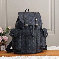 LV Louis Vuitton classic large-capacity buckle backpack fashion men and women travel bag school bag