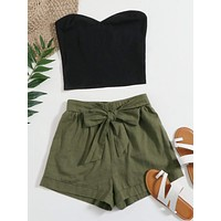 SHEIN Solid Tube Top & Belted Shorts Set
