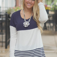 Back That Lace Up Top (Navy)