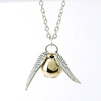 The 2016 Harry Potter And The Deathly Hallows Necklace Gold Snitch Exquisite Ball Wings Feather Necklaces & Pendants Choker