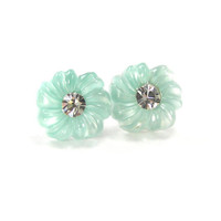 Mint Flower Earrings, Stud Earrings, Bridesmaids Jewelry, Spring Jewelry, Pastel Earrings, Post Earrings, Vintage Wedding, Mint Green