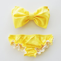 Lemon Yellow Sunshine Bikini and matching yellow ruffle panties.Vintage Bow Bandeau Sunsuit Bikini.Diva Halter neck top pin up.Custom Made