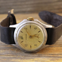 Vintage classic Pobeda womens watch russian watch ussr cccp