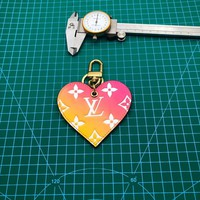 KUYOU LOUIS VUITTON M67435 LOVE LOCK HEARTGRADIENT package decorated with all-steel key ring tri-color LOVE LV