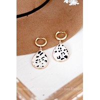 Animal Print Teardrop Accent Earring | Ivory