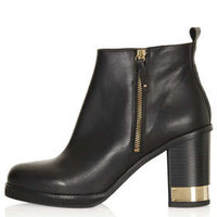 ALL OURS Zip Side Boots - Black